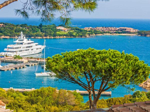info servizio traghetti per golfo aranci
