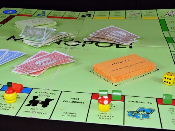 vincere a monopoly